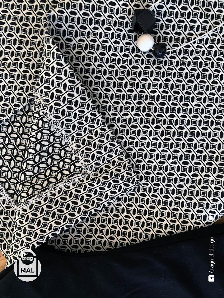 Mantel mit angeschnittenem Beleg
